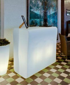Barra mostrador con luz 120 cm de ancho CRETA