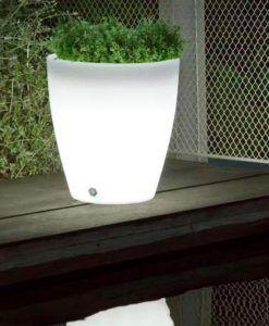 Macetero coniforme con luz 43 cm altura VIOLETA